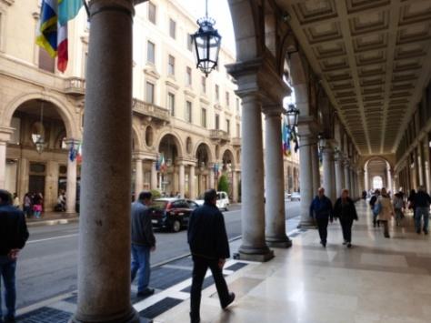 Portiques - Via Roma 1